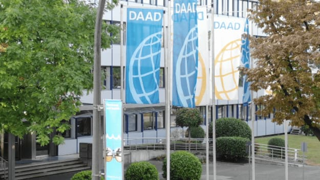 Flags in front of the DAAD main building in Bonn